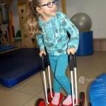 dziecko na rehabilitacji