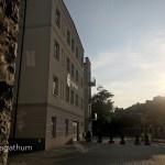 widok z bramy od ul. Dąbrowskiego