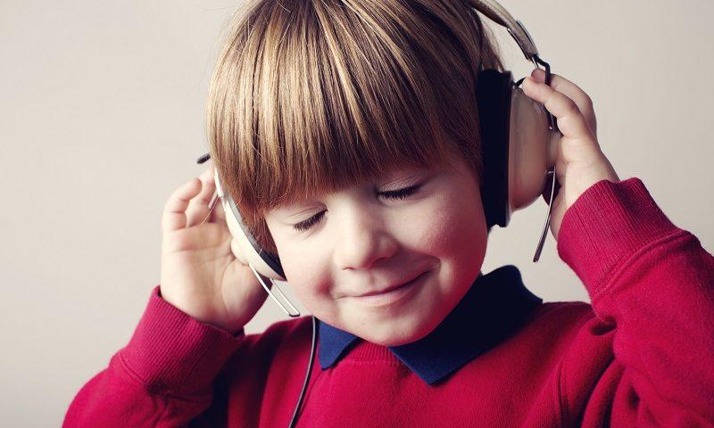 Trening słuchowy